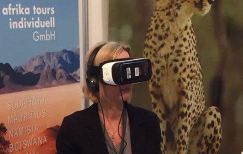 Kunden von afrika tours individuell mit VR-Headset