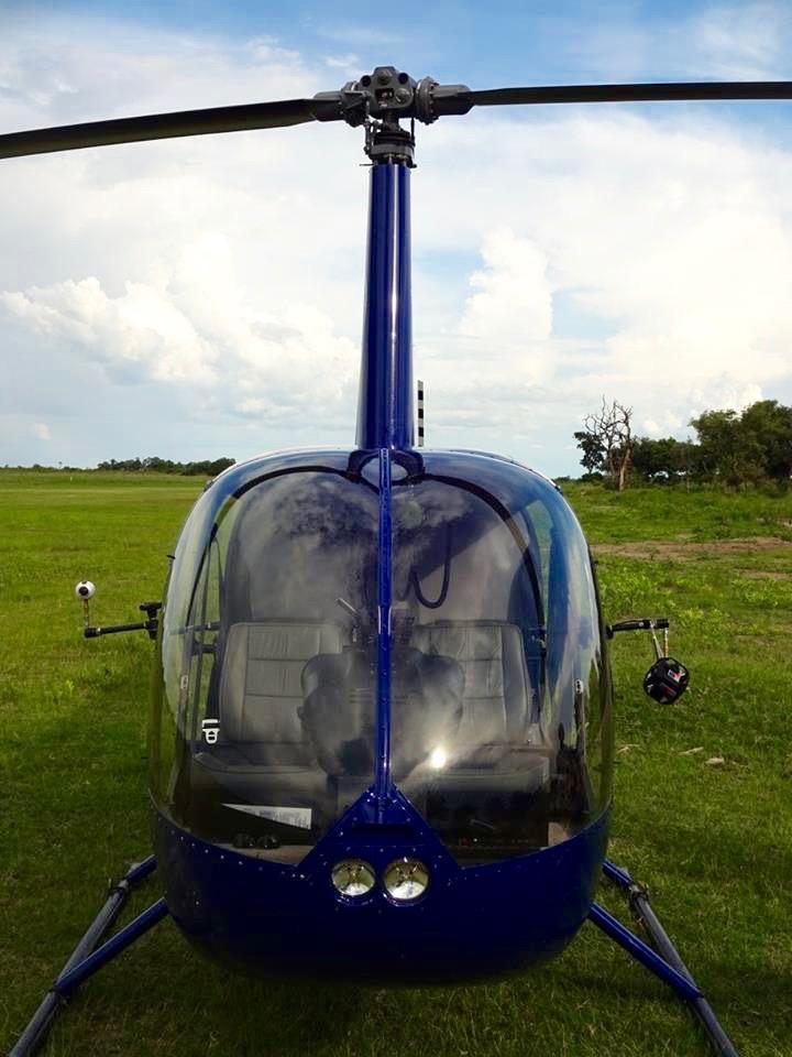 Helikopter für die 360Grad-Aufnahmen zum Safarifilm von Afrika Tours induviduell