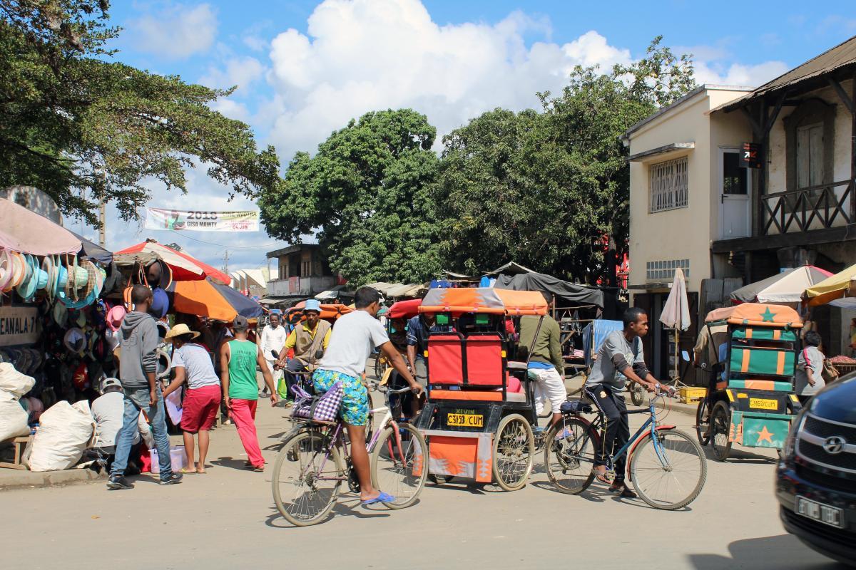 buntes Markt treiben auf Madagaskar in Antananarivo