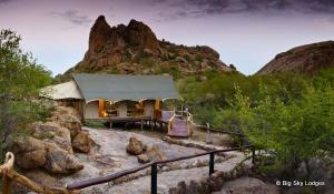 Die grandios gelegene Erongo Wilderness Lodge in Namibia lässt das Herz jedes Naturfans höher schlagen