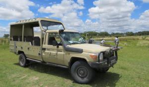 Sunway Landcruiser auf dem Weg ins Okavango Delta