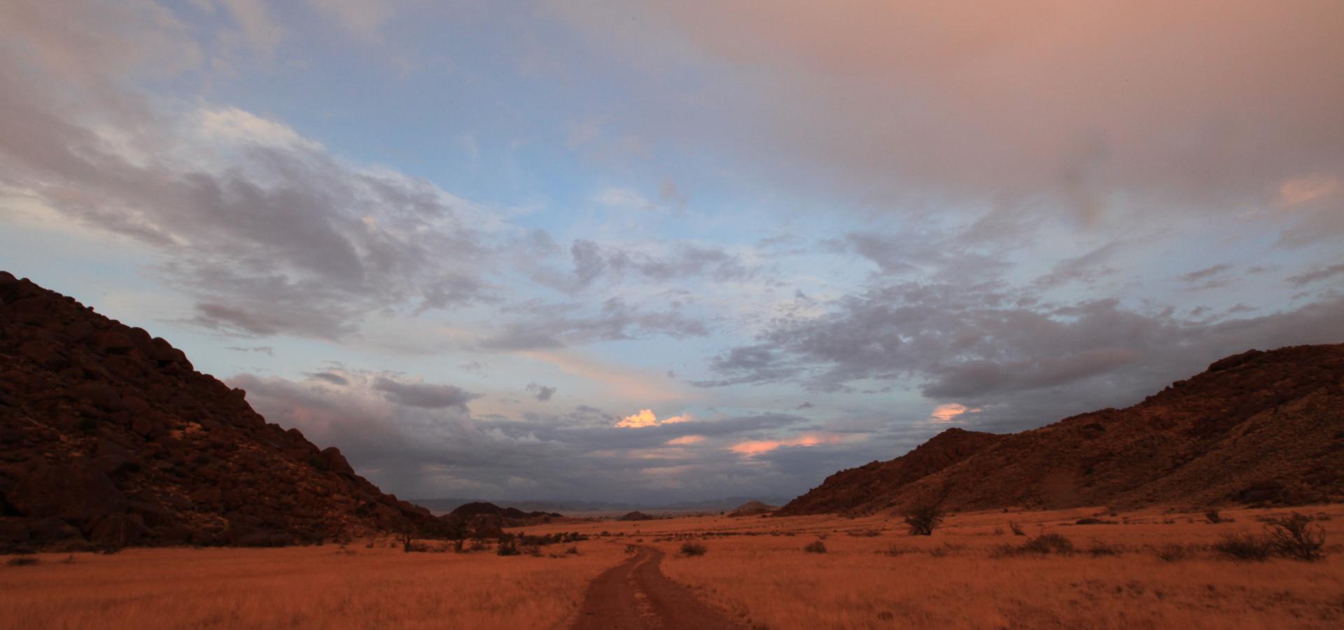 Die facettenreichen Landschaftsbilder der Namib Wüste in Namibia lassen das Herz jedes Natufans höher schlagen