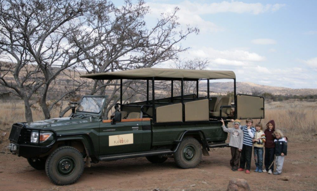 Mit Kindern im Kololo Camp in Südafrika
