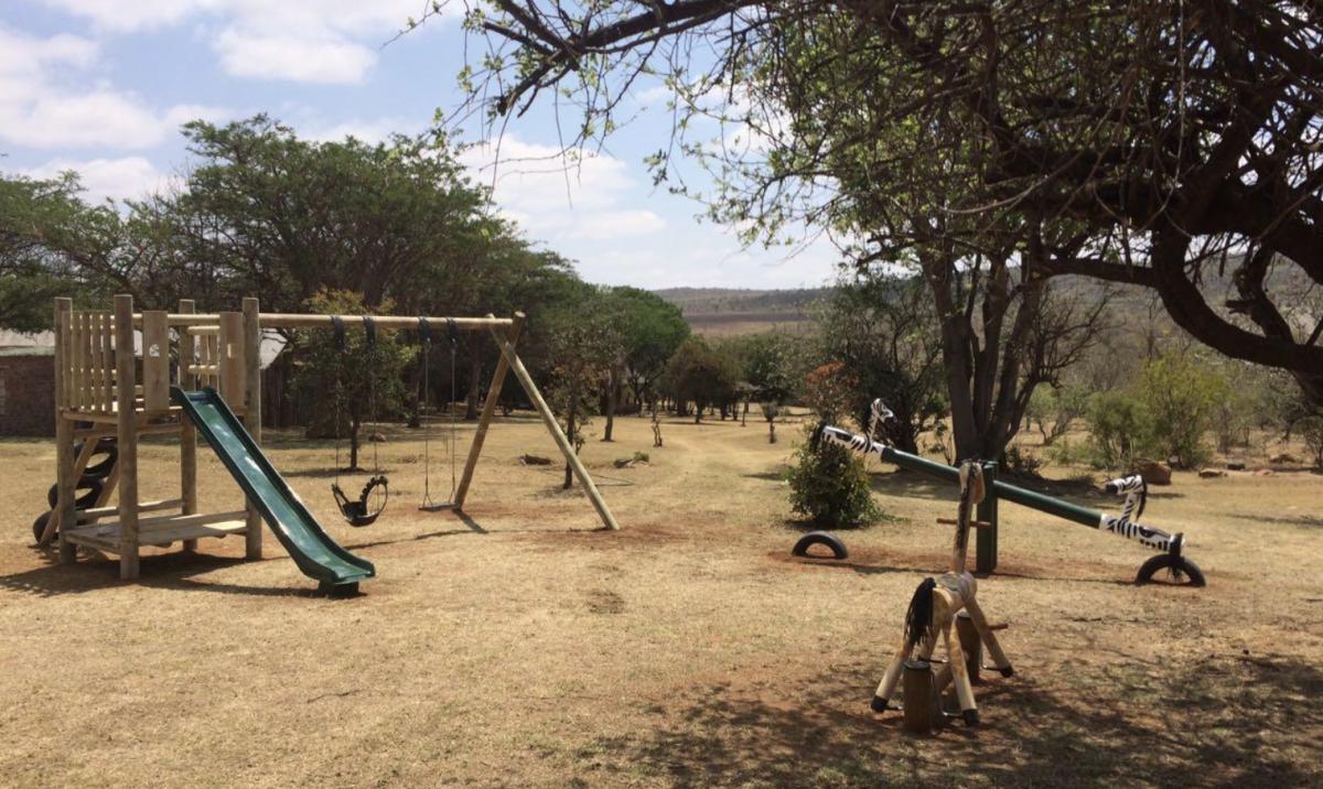 Spielplatz im Familienurlaub in Afrika