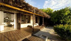 Kusi Villa Deck