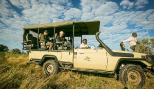 Bushman Plains Camp: Open Vehicle