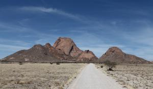 Das Damaraland in Namibia hat spannende Naturschauspiele und interessantes Kulturerbe zu bieten