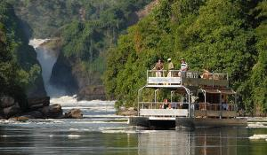 Bootsfahrt am Fuße der Murchison Falls