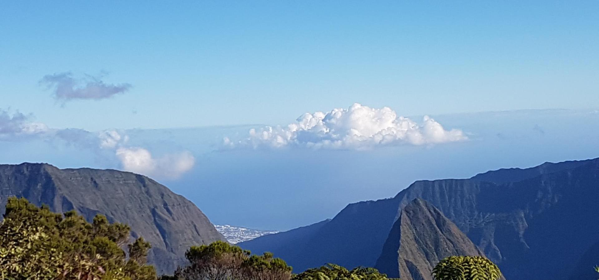 Blick über den Col de Boeuf auf La Reunion