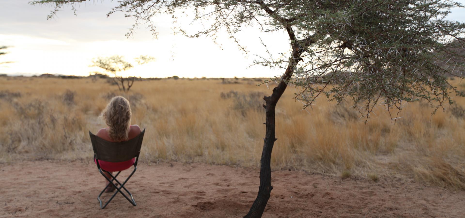 Genießen Sie bei Ihrem Busch-Camping-Erlebnis in Namibia die faszinierenden Weiten der Namib Wüste