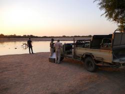 Sundowner in Sambia am Sambesi