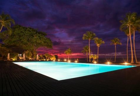Anjajavy Pool bei Nacht