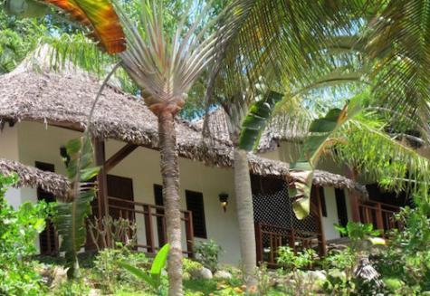 Sakatia Lodge von außen
